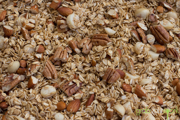 Baked Maple Mix Nut Granola