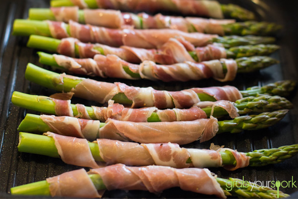 fried prosciutto wrapped asparagus