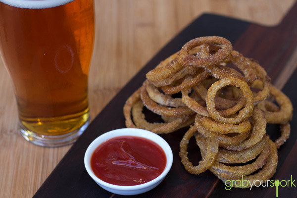 Baked Onion Rings with Beer