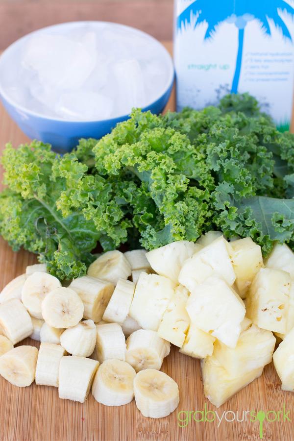Kale and Pineapple Smoothie Ingredients