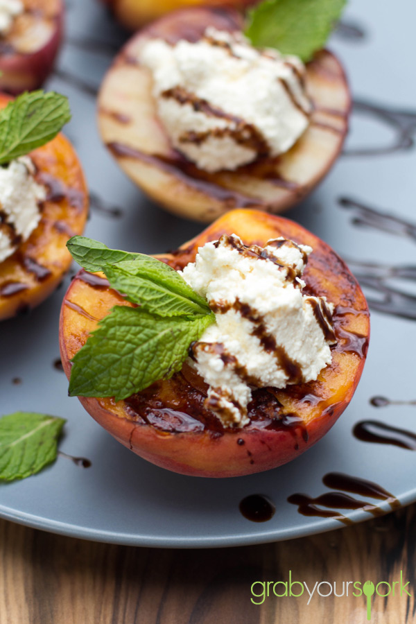 Grilled Peaches with Ricotta and Balsamic Glaze - Grab Your Spork ...