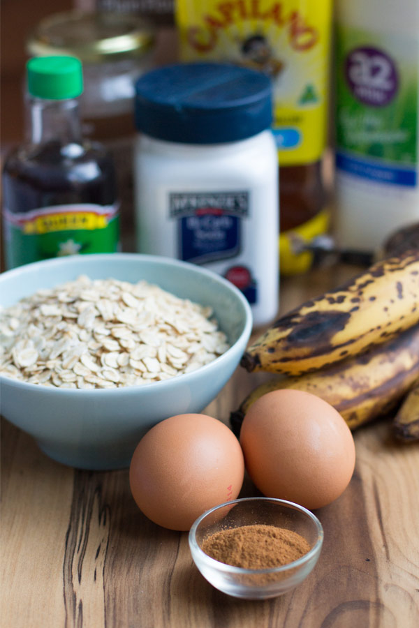 Healthy banana muffins ingredients