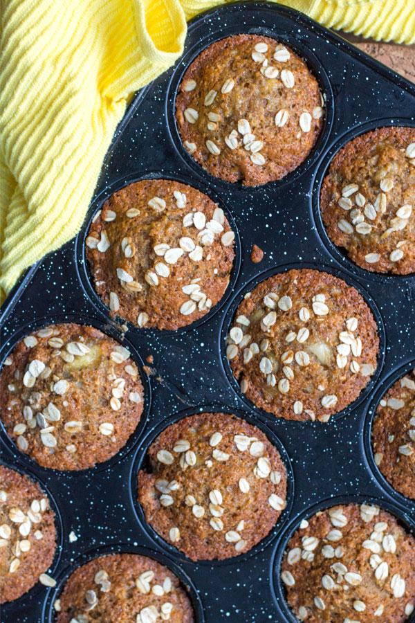 Homemade healthy banana muffins recipe