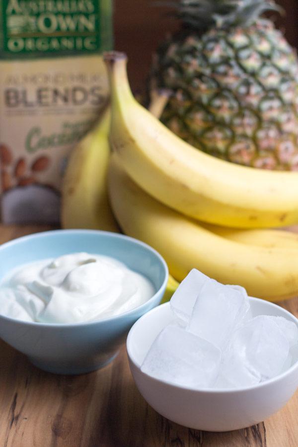 Healthy banana pineapple smoothie recipe